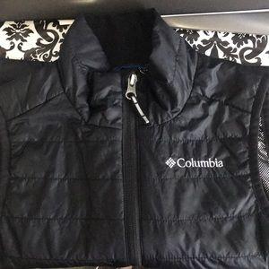 Black kids vest Columbia size XXS 4/5